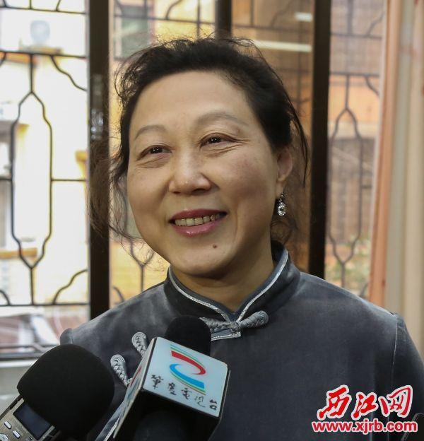 中国晚协副秘书长、福州晚报社执行总编辑张维璟走出家门就可看到优美山水