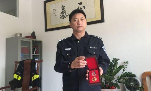 鼎湖公安分局特巡警大队大队长杨传春 部队作风严治警 冲锋在前护平安