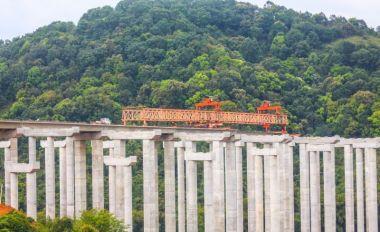 懷陽高速肇慶段建設穩步推進
