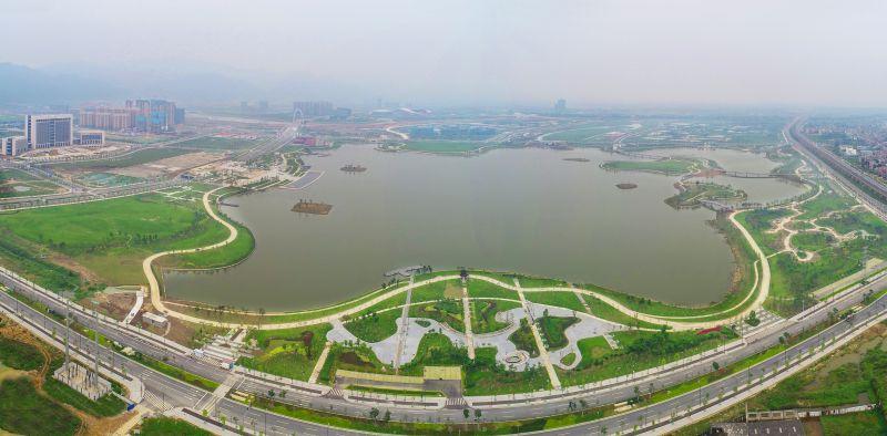 白菜送38彩金新区砚阳湖主体工程完工