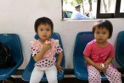 双胞胎女婴被分别遗弃端州高要 三年后因入户姐妹俩意外重逢