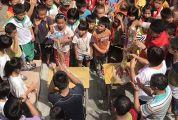 市婦聯攜手人行肇慶支行赴德慶鳳村慰問留守兒童