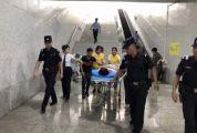 惊险!?一动车在肇庆东站「紧急停车,接下来一幕△】……