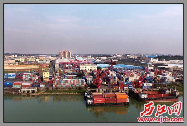 毗邻肇庆高新区四会产业园的四会马房港距南沙港仅78海里。 马章兴 摄