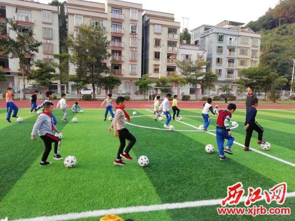 足球豪门线上娱乐-豪门线上娱乐-建设成果显著。