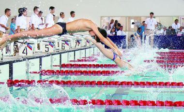 省青少年游泳锦标赛在肇开赛