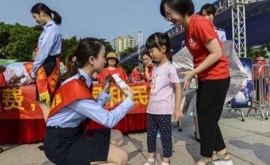 """税民同心唱响""""中国红""""献礼祖国七十华诞"""