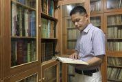四会藏书达人钱镜明 藏书五万册建起私人藏书馆