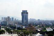 奇特的圓柱形構造、開創性的旋轉餐廳、肇慶老牌五星級酒店 星大:肇慶人在這看了28年風景