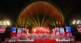 剛剛!肇慶這場晚會刷屏了,盛世歡歌致敬祖國!