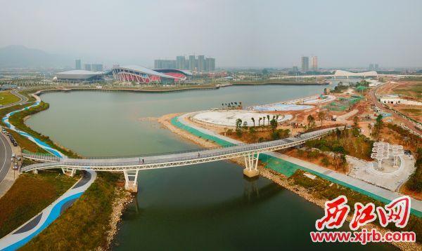 肇庆新区长利湖沙滩公园显雏形。