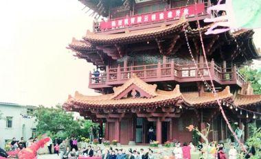 披云楼:新中国我市首个纯仿古建筑