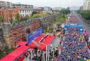肇馬又來了!2萬跑友歡跑最美賽道,今天的肇慶超燃!