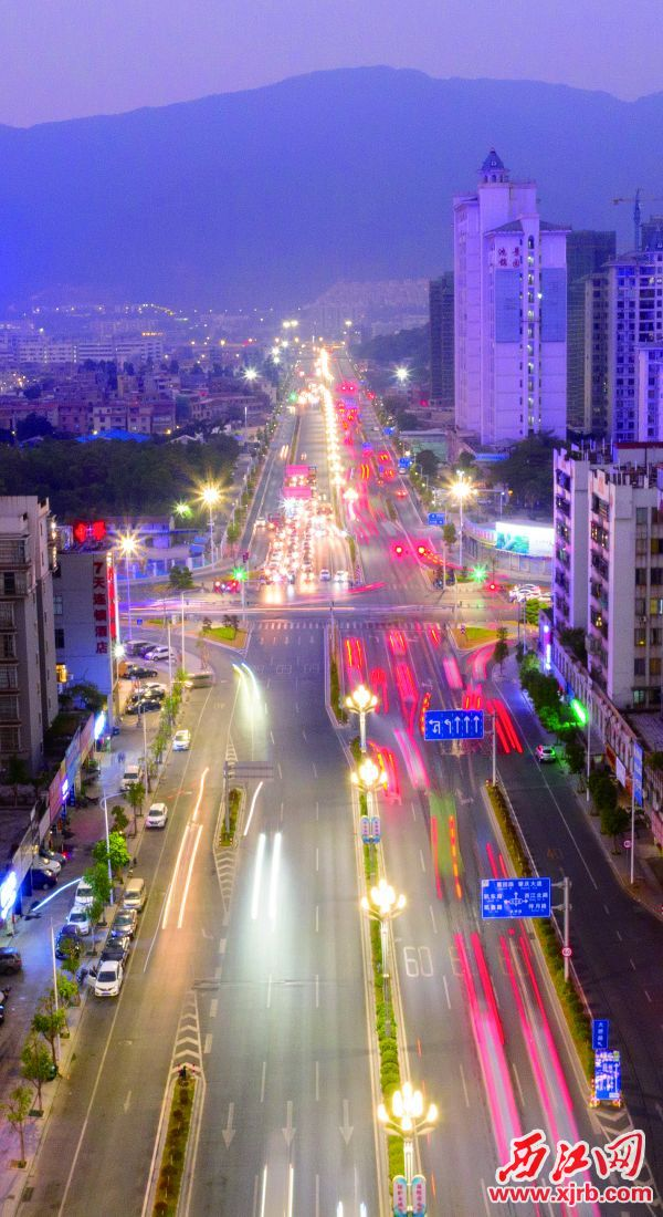 ▲2019年1月28日桥北路(大桥路)顺利通车。 西江日报记者 曹笑 摄