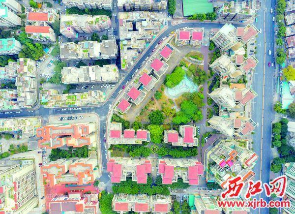 2018年4月27日,市民等待20年的泰安路、湖荫街段正式开通,从征拆到建成通车, 前后用了三个多月的时间。 西江日报记者 曹笑