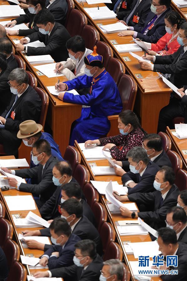 5月22日,第十三届全国人民代表大会第三次会议在北京人民大会堂开幕。 新华社记者 刘金海 摄