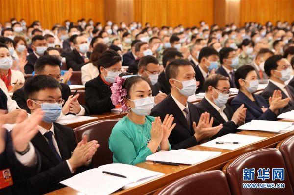 5月22日,第十三届全国人民代表大会第三次会议在北京人民大会堂开幕。 新华社记者 黄敬文 摄