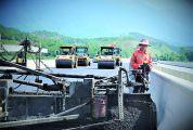 战高温 抓质量 抢进度 怀阳高速项目部全力推动建设进度确保年底建成通车