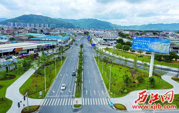 即将完成升级改造的端州七、八路。 西江日报记者 曹笑 摄