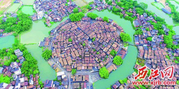 回龙黎槎村。
