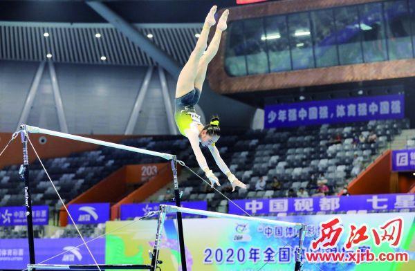 2020年全国体操锦标赛在肇庆新区体育中心举行。 西江日报记者 曹笑 摄