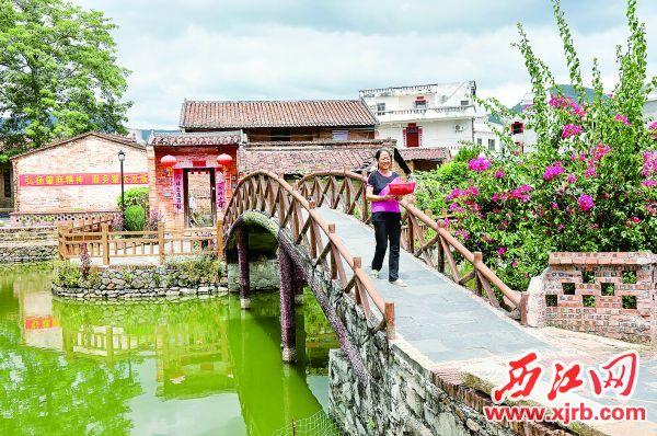 德庆县官圩镇金林村小桥流水,景色优美。 充值100送18记者 梁小明 摄