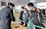 肇慶市車站嚴陣以待防疫情 進站必測溫出站必掃碼