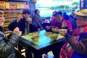 """民间长者饭堂""""俘获""""老人心 65岁以上长者可享用物美价廉的爱心餐"""