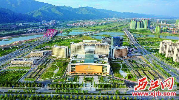 建成并即将投入使用的中山大学附属第三医院肇庆医院。西江日报记者 刘春林 摄
