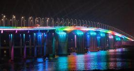 """震撼!肇庆惊现""""彩虹桥"""",七彩光芒闪耀夜空!位置就在……"""