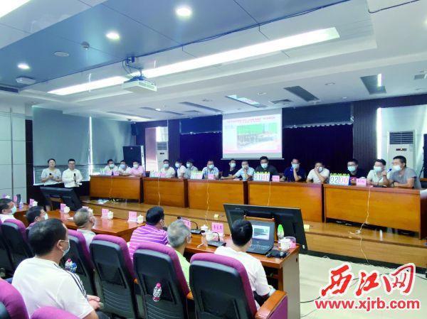 市住建局开展安全生产知识竞 赛。 西江日报记者 潘粤华 摄