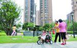 绿树成荫、环湖绿道、雕塑花廊 开发商发力小区环境建设