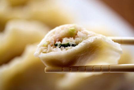 """三全:儿童水饺""""线状物""""实为猪肉筋"""